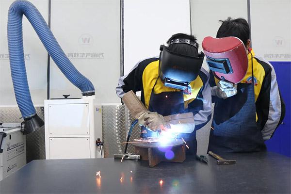 人社厅:招聘求职100个短缺职业排行,焊工第11